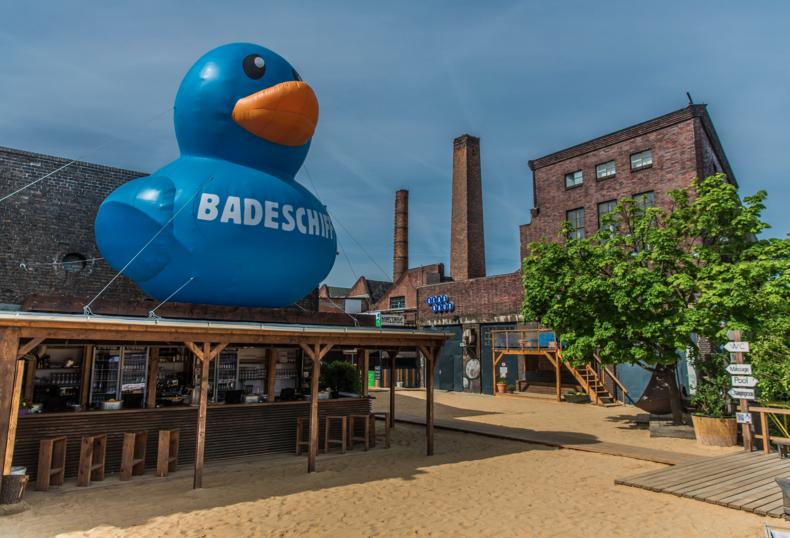 Badeschiff Berlin Arena swimming pool TravelVince