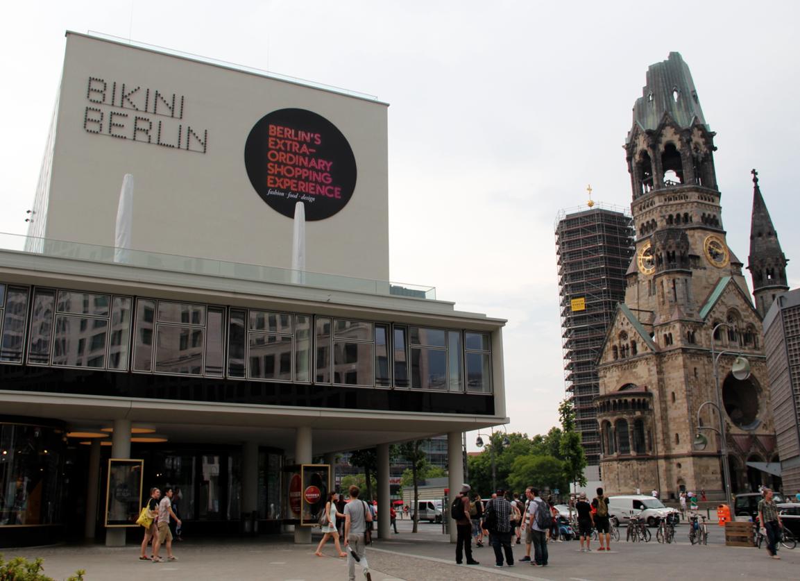 Bikini Berlin TravelVince
