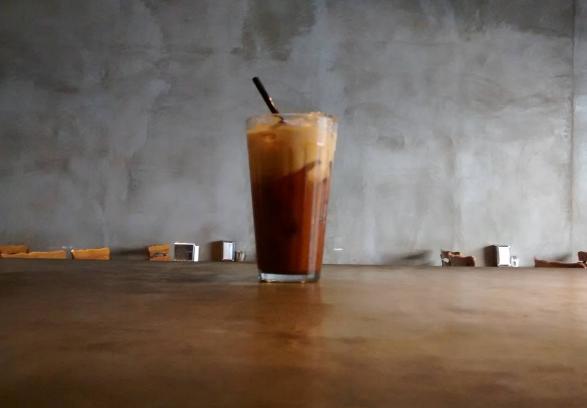 Image from Por Um Punhado de Dólares Café on Instagram